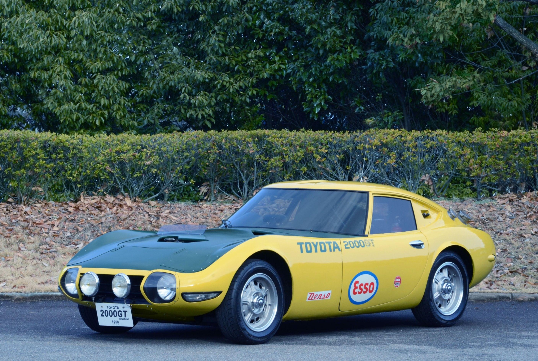 54021-toyota-feiert-zehnten-geburtstag-des-classic-car-festivals-toyota-2000gt-speed-trial